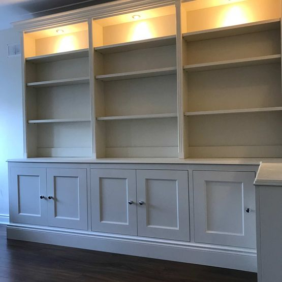 Bookcases / Tv Units